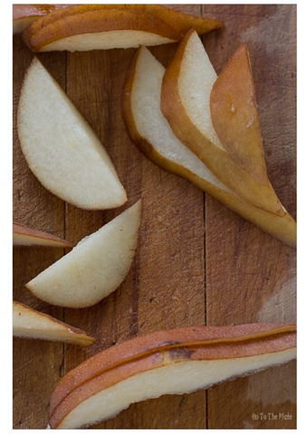 Pear slices